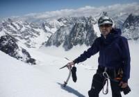 J2 : Roche Faurio. Au fond Le Glacier Blanc