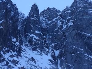Ice is Nice, la ligne à droite du pilier